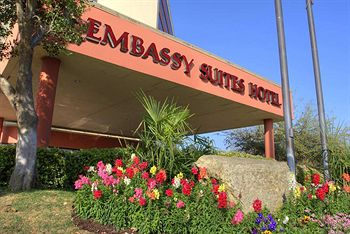 Embassy Suites Austin-Downtown/Town Lake - Formula One Hotels in Austin
