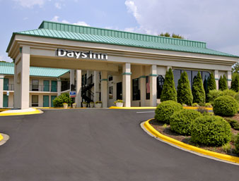 Book The Days Inn Hendersonville Hotel for the US Open