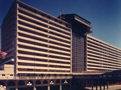 Book the Galt House Hotel for Kentucky Derby - click here!