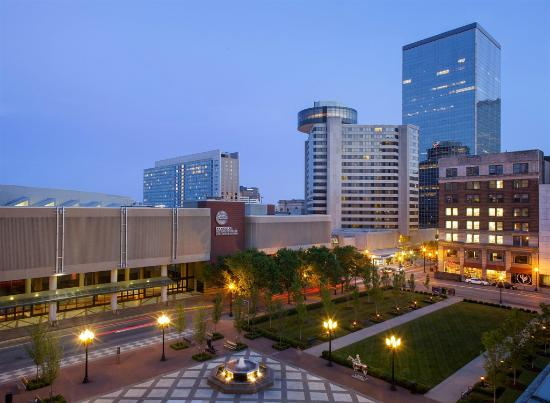 Book the the Hyatt Regency Downtown for Kentucky Derby - click here!