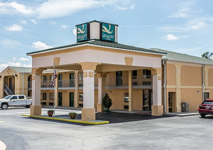 Book Quality Inn Claussen Road Rooms for Masters Tournament - click here!