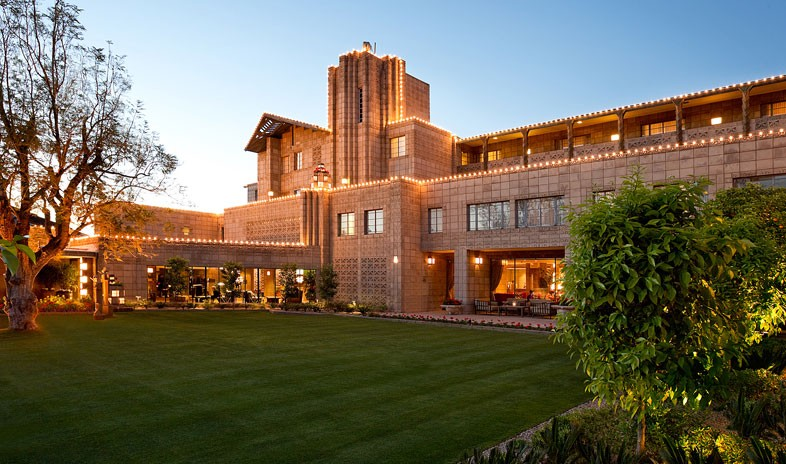 Book The Arizona Biltmore / Waldorf Astoria, for the Superbowl 2015 now!