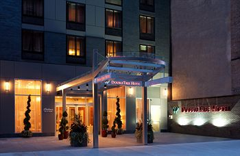 DoubleTree by Hilton Hotel New York City - Chelsea - Super Bowl Hotels 2014