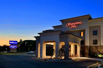 Hampton Inn Nanuet - Super Bowl Hotels 2014