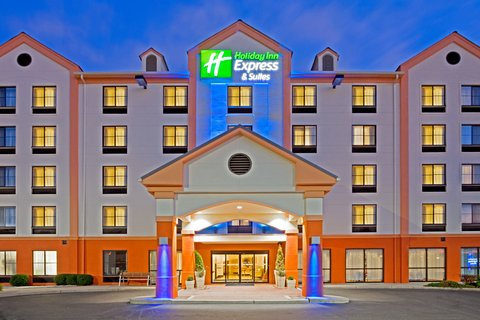 Holiday Inn Express Hotels & Suites Meadowlands Area - Super Bowl Hotels 2014