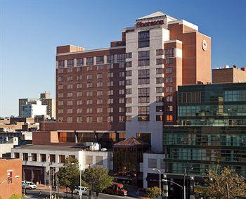 Sheraton LaGuardia East Hotel - Super Bowl 2014 Hotel